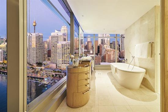 ICC HOTEL-4-APARTMENT BATHROOM
